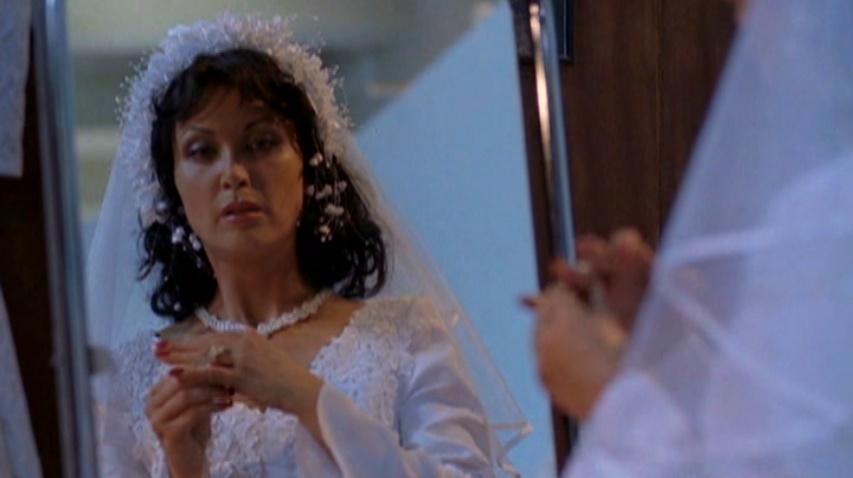 Tatoyta er så gifteklar at hun gifter seg med seg selv... Seriøst!