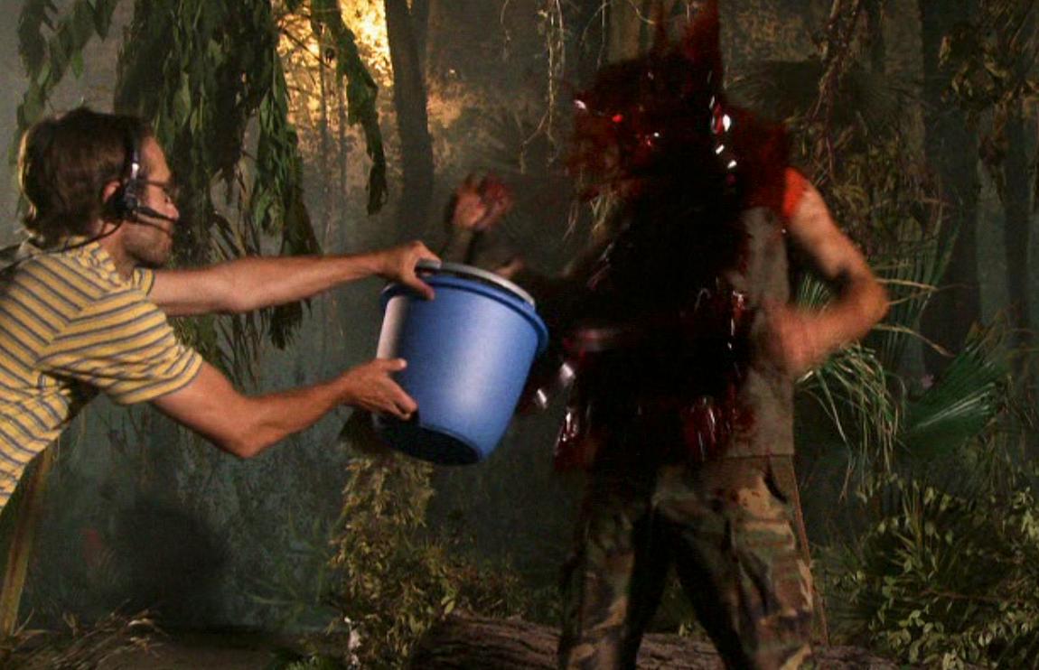 """""""Slapp av, det er bare blod..."""""""
