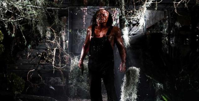 Victor Crowley er en kjekk ung mann fra sumpen. Hobbyer: Turer i skogen og brutale drap.